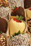 巧克力蘸了草莓 图库摄影