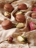 巧克力蛋白杏仁饼干用柠檬酱 图库摄影