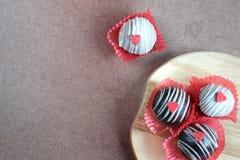 巧克力蛋糕球 免版税库存图片