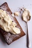 巧克力蛋糕用乳脂干酪 免版税库存图片
