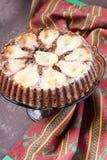 巧克力蛋糕用梨 免版税库存图片