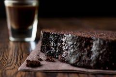 巧克力蛋糕用浓咖啡 库存图片