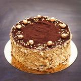 巧克力蛋糕,一个美妙地装饰的蛋糕,轻松的事 库存图片