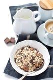 巧克力muesli用牛奶 免版税库存图片