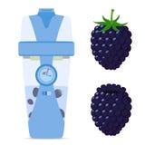 巧妙的无线瓶用黑莓,莓果营养饮料 行家设备 图库摄影