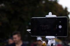 巧妙的PhoneTelephone Selfie Monopod电话 免版税库存照片