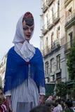 巨人和大头在calle马德里市长, 免版税库存图片