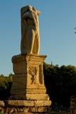 巨人和氚核雕象在古老集市雅典 库存图片