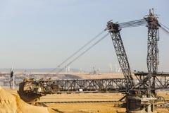 巨型戽头转轮挖土机 库存照片