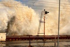 巨型海浪 库存图片