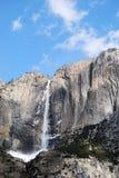 巨型瀑布 免版税库存图片