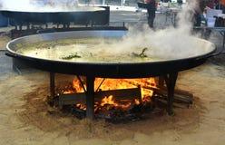 巨型瓦伦西亚语肉菜饭 免版税图库摄影