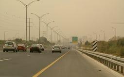 巨型的中东沙尘暴在特拉维夫,以色列 免版税库存图片