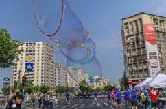 巨型肥皂泡 免版税库存图片