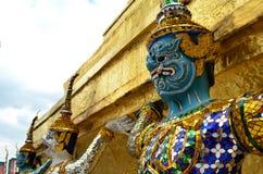 巨型雕象寺庙 图库摄影