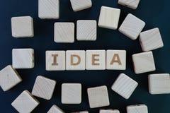 巨大创造性的想法概念,求与字母表Bu的木块的立方 免版税库存照片