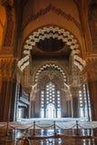 巨大哈桑二世清真寺内部 免版税图库摄影