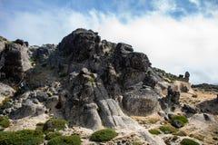 巨大岩层 免版税库存照片