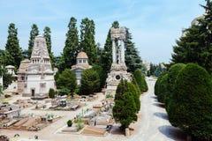巨大的公墓在米兰,意大利 免版税库存照片