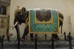 巨大的华丽印度象雕象 库存照片
