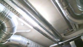 巨大的在被动房子里空气管道管 高效率的通风系统 股票录像