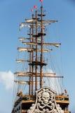 巨大的帆船帆柱和风帆  免版税库存图片