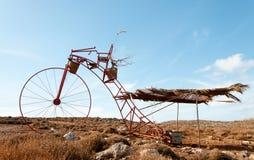 巨大的滑稽的自行车 免版税库存图片