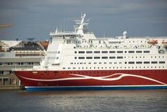 巨大的船在赫尔辛基,芬兰港口  免版税库存图片