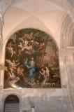 巨大的绘画在家长式大教堂里叫作Se或里斯本大教堂的圣玛丽少校在葡萄牙 免版税库存图片