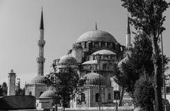 巨大的Sehzade清真寺在老镇伊斯坦布尔,土耳其 免版税库存照片