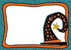 巫婆帽子与的星的万圣夜框架月亮 免版税库存照片