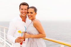 已婚夫妇巡航 免版税库存照片