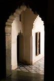 巴伊亚门道入口marrakec宫殿 免版税库存图片