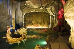 巴伐利亚城堡洞穴linderhof金星 免版税库存照片