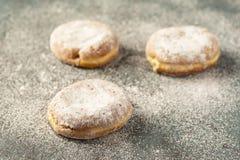 巴伐利亚奶油被填装的油炸圈饼 免版税库存照片