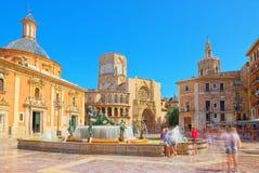 巴伦西亚喷泉维尔京圣玛丽的正方形的里约Turia, 库存图片