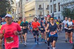 巴伦西亚,西班牙- 12月02:赛跑者在XXXVIII巴伦西亚马拉松2018年12月18日竞争在巴伦西亚,西班牙 免版税图库摄影