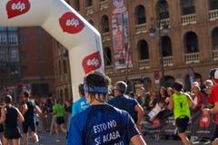 巴伦西亚,西班牙- 12月02:赛跑者在XXXVIII巴伦西亚马拉松2018年12月18日竞争在巴伦西亚,西班牙 图库摄影