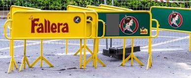 巴伦西亚,西班牙- 3月17 :2018年3月17日的一典型的falla在巴伦西亚,西班牙 雕塑在街道上被显示直到 免版税库存图片