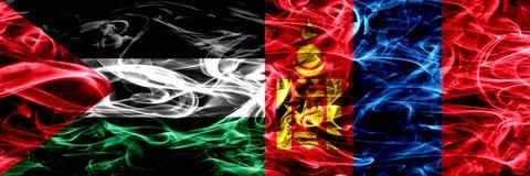 巴勒斯坦对蒙古,肩并肩被安置的蒙古烟旗子 巴勒斯坦人和蒙古,星期一的厚实的色的柔滑的烟旗子 库存例证