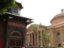 巴勒莫,西西里岛,意大利 11/04/2010 最大剧院 免版税图库摄影