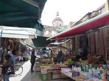 巴勒莫Ballarà ²市场,城市的最古老的市场 意大利西西里岛 免版税库存图片