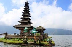 巴厘岛寺庙水 免版税库存照片