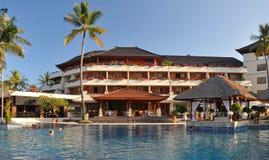 巴厘岛海滩dua旅馆印度尼西亚努沙温&#27849 免版税库存照片