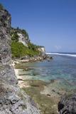 巴厘岛海滩uluwatu 库存照片