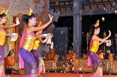 巴厘岛舞蹈演员legong 免版税库存图片