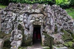 巴厘岛,印度尼西亚2018年1月01日-大象洞寺庙在Ubud,巴厘岛 免版税库存图片
