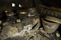 巴厘语烹饪器材传统米的火炉 图库摄影