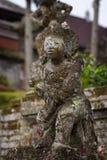 巴厘语石头雕象在印度寺庙 免版税库存图片