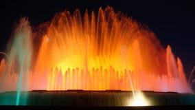 巴塞罗那喷泉魔术montjuic西班牙 图库摄影